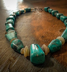 Front view of a 19-stone turquoise necklace created by Bruce Eckhardt for Bruce Eckhardt Studio.